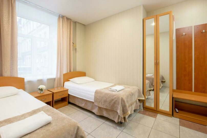 Стандартная комната с двумя кроватями , Большая Конюшенная улица, 25, Санкт-Петербург - Фотография 14