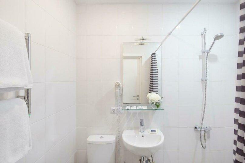 Улучшенная комната, Большая Конюшенная улица, 25, Санкт-Петербург - Фотография 6
