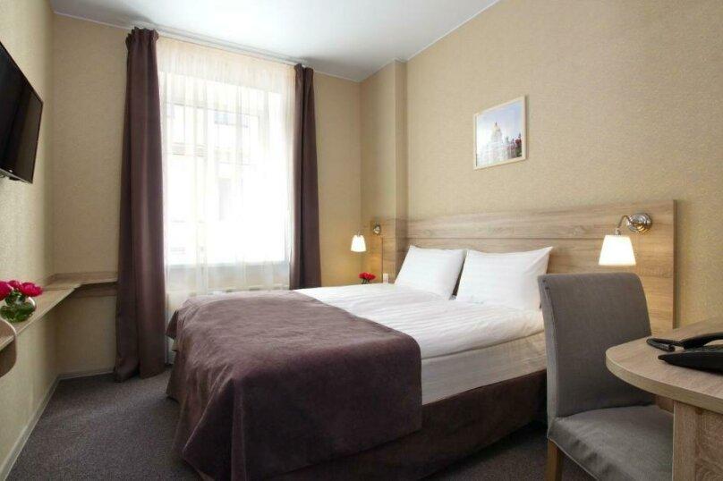 Стандартная комната с широкой кроватью, Большая Конюшенная улица, 10, Санкт-Петербург - Фотография 8