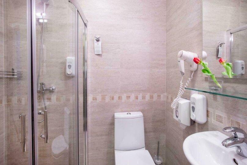 Стандартная комната с широкой кроватью, Большая Конюшенная улица, 10, Санкт-Петербург - Фотография 15