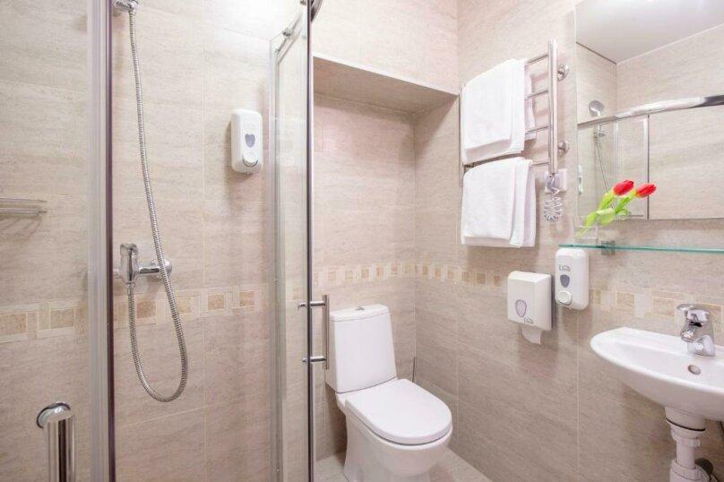 Стандартная комната с двумя кроватями, Большая Конюшенная улица, 10, Санкт-Петербург - Фотография 10