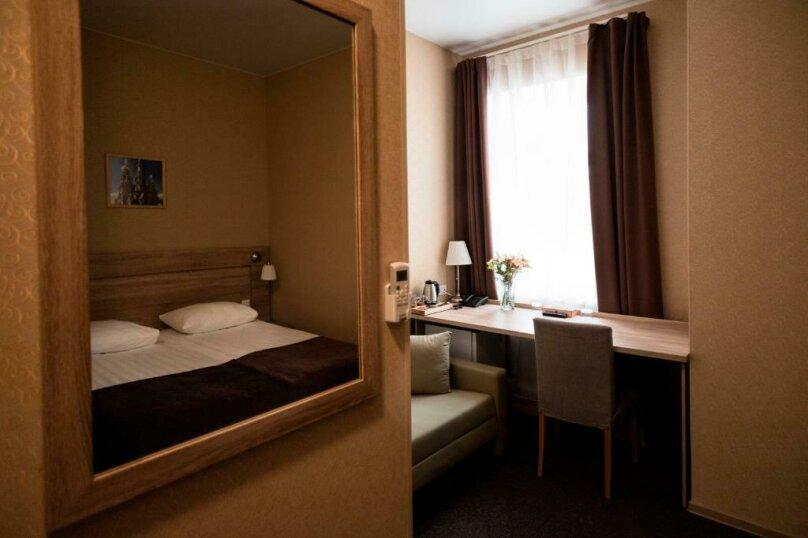 Улучшенная комната, Большая Конюшенная улица, 10, Санкт-Петербург - Фотография 10