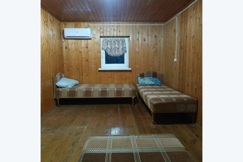 Четырёхместный номер с отдельными кроватями , Новороссийское шоссе, 64, Джубга - Фотография 2