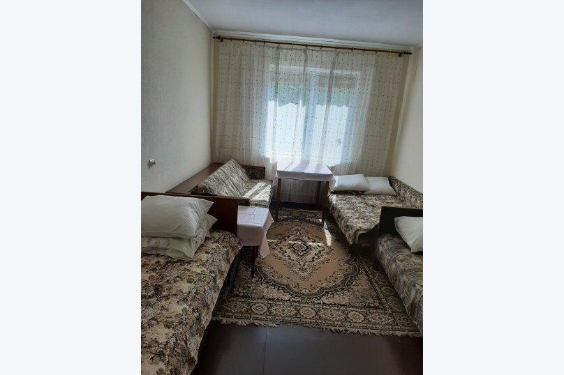 "Гостиница ""На Черноморье 109"", Черноморье, 109 на 4 комнаты - Фотография 15"