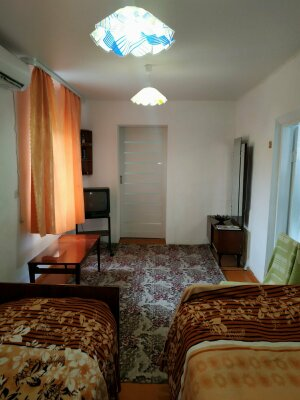 Дом, 62 кв.м. на 8 человек, 3 спальни, Приморская, 14, Керчь - Фотография 1