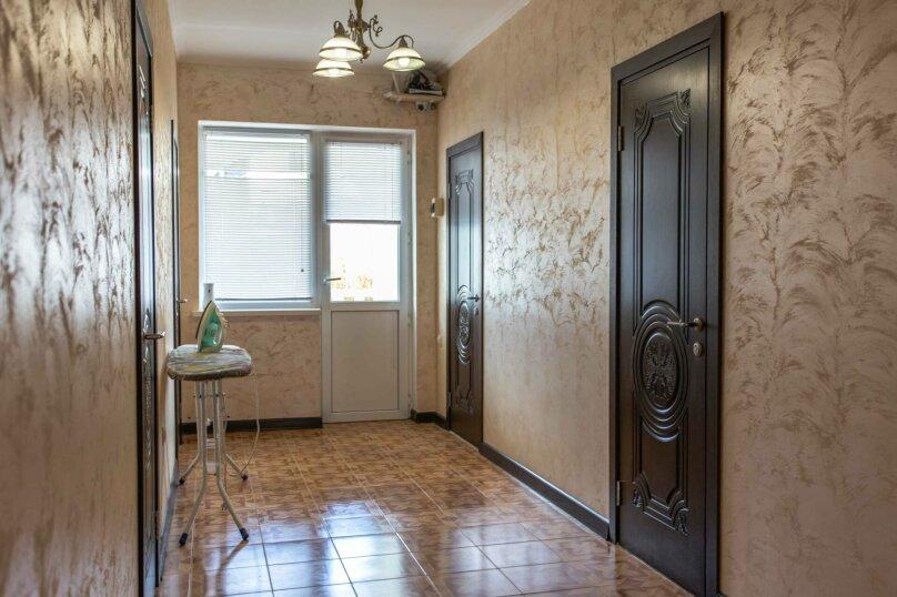 Большой номер с 2 сп. кроватью душ, с/у на этаже, Озёрная улица, 27, Геленджик - Фотография 3