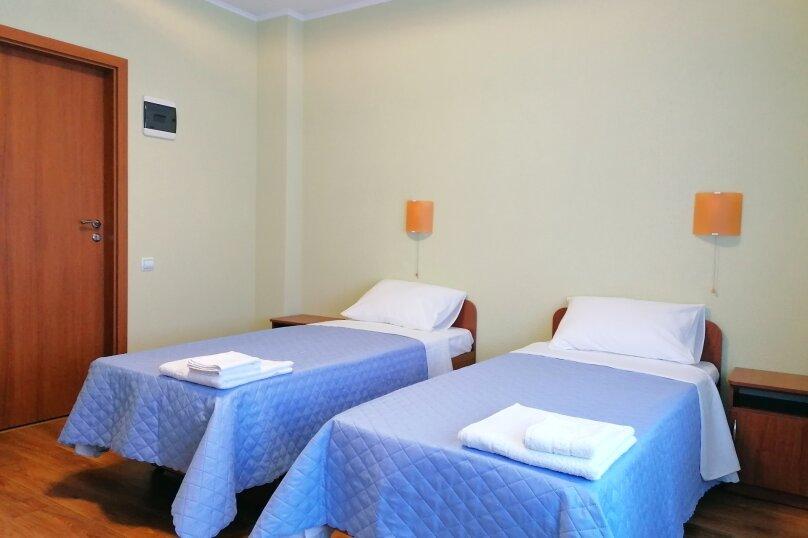 Стандарт с двумя раздельными кроватями, улица Елисеева, 16А, Оленевка - Фотография 1