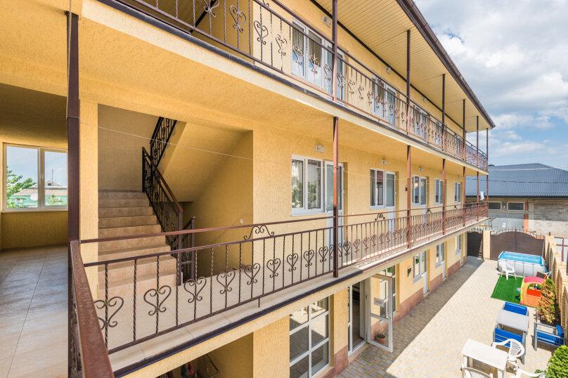 """Гостевой дом """"Лотос"""", Объездная улица, 33 на 18 комнат - Фотография 1"""