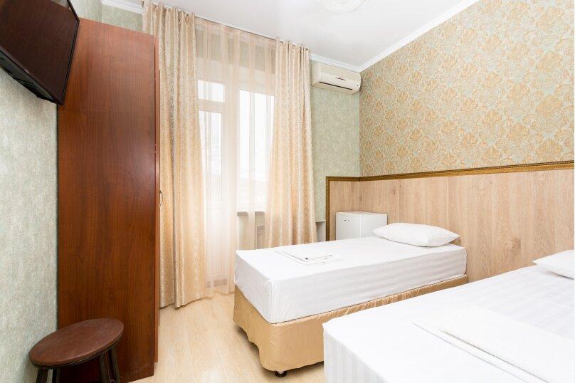 Двухместный номер с балконом, Черноморская улица, 31, Джубга - Фотография 1