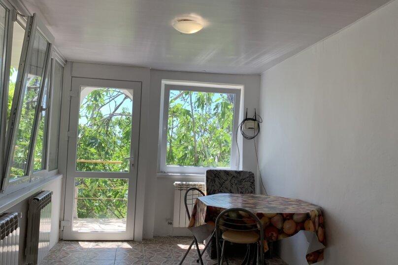 Отдых в Крыму, Гурзуф 2-я половинка верхний дом, 140 кв.м. на 4 человека, 2 спальни, Пролетарская улица, 19, Гурзуф - Фотография 13