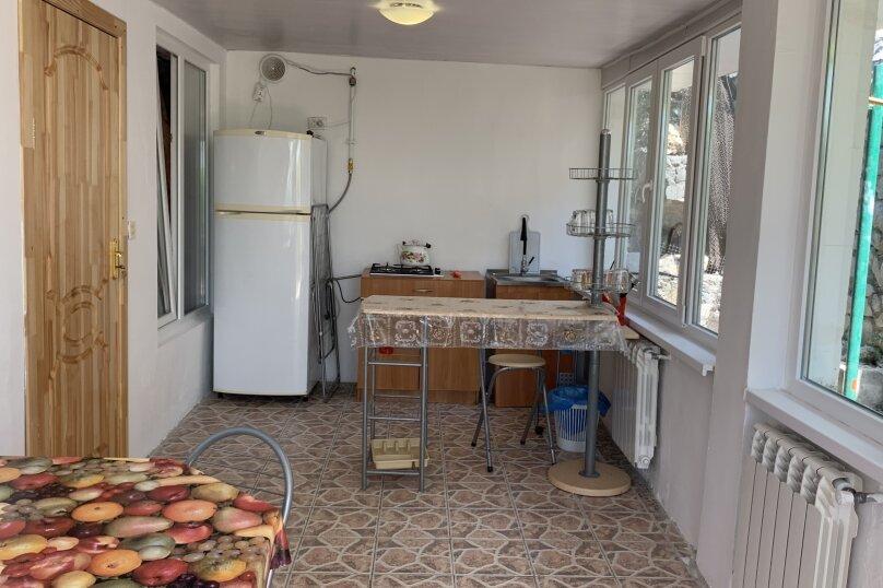 Отдых в Крыму, Гурзуф 2-я половинка верхний дом, 140 кв.м. на 4 человека, 2 спальни, Пролетарская улица, 19, Гурзуф - Фотография 14