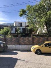 Мини-отель «Тата», улица Мусы Мамута, 4А на 3 номера - Фотография 1