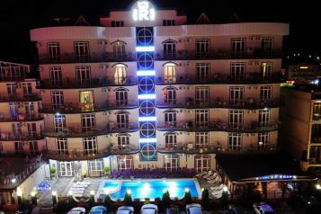 """Отель """"Royal"""", Александрийский проезд, 11 на 80 номеров - Фотография 1"""