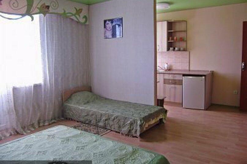 Отдельная комната, улица Гагарина, 48, Судак - Фотография 1