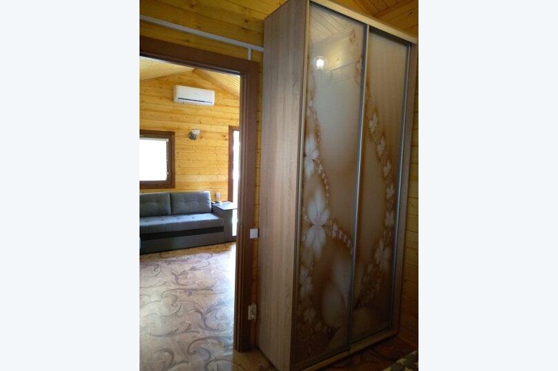 Деревянный домик, 30 кв.м. на 3 человека, 1 спальня, Янтарная улица, 24, Отрадное, Ялта - Фотография 3