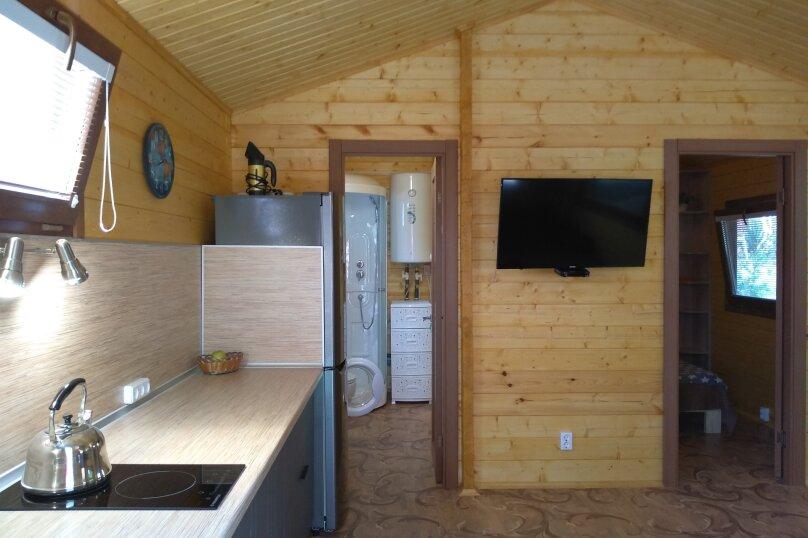 Деревянный домик, 30 кв.м. на 3 человека, 1 спальня, Янтарная улица, 24, Отрадное, Ялта - Фотография 4