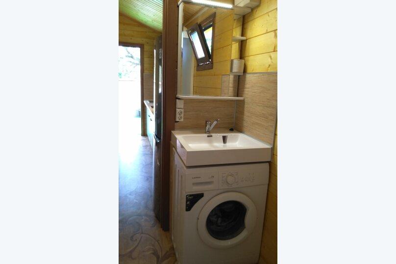 Деревянный домик, 30 кв.м. на 3 человека, 1 спальня, Янтарная улица, 24, Отрадное, Ялта - Фотография 6