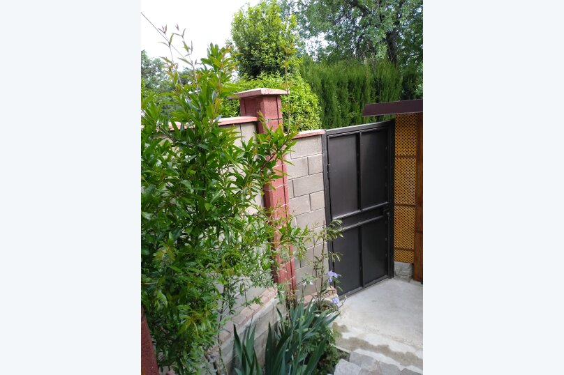 Деревянный домик, 30 кв.м. на 3 человека, 1 спальня, Янтарная улица, 24, Отрадное, Ялта - Фотография 10