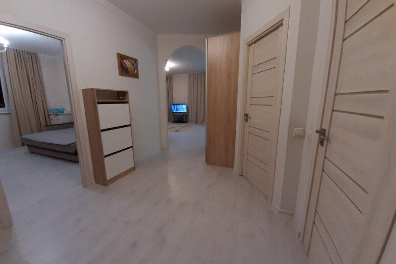 3-комн. квартира, 95 кв.м. на 5 человек, улица Толстого, 3, Новороссийск - Фотография 8