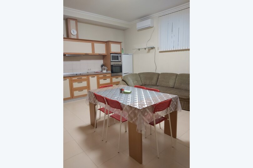 2-комн. квартира, 65 кв.м. на 6 человек, улица Сеченова, 18, Ялта - Фотография 3