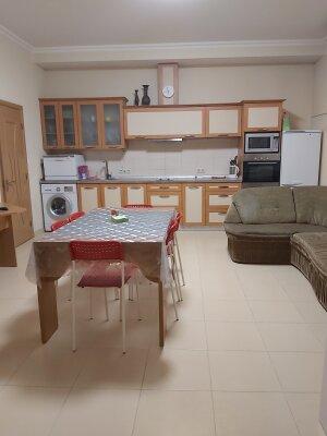 2-комн. квартира, 65 кв.м. на 6 человек, улица Сеченова, 18, Ялта - Фотография 1