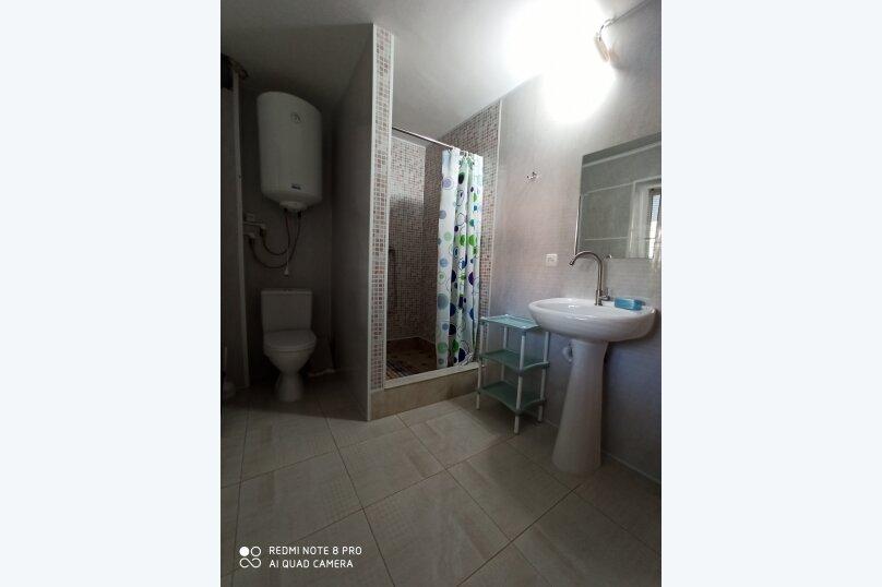 3-4х местный на первом этаже с с/у, Комарова, 10, Песчаное - Фотография 5