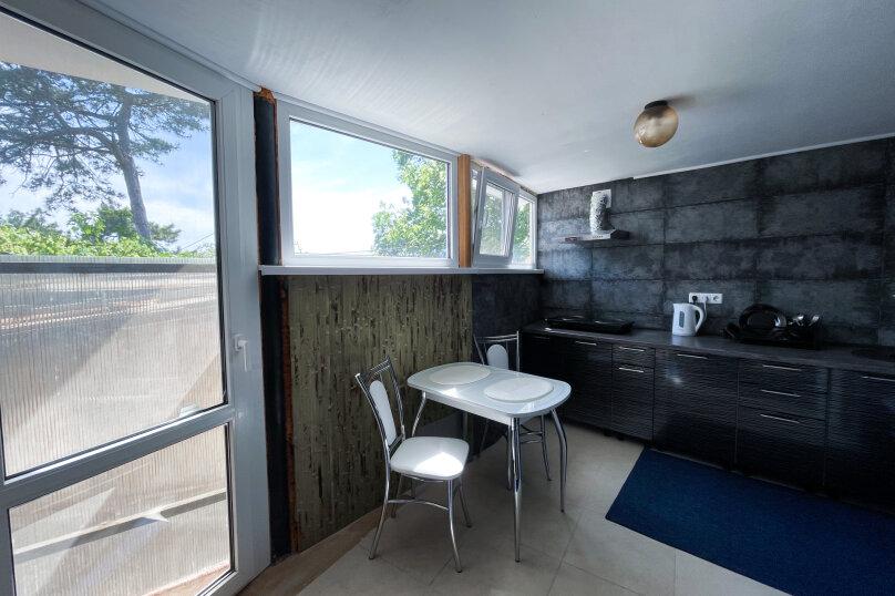 """Гостевой дом """"Крокус"""", Парковый спуск, 32б на 3 комнаты - Фотография 8"""