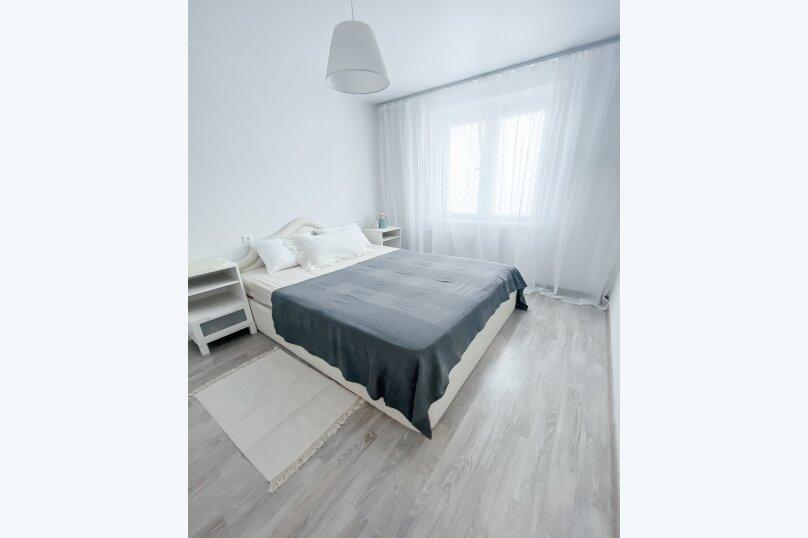2-комн. квартира, 46 кв.м. на 4 человека, улица Овчинникова, 18, Челябинск - Фотография 5
