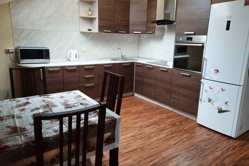 3-комн. квартира, 95 кв.м. на 5 человек, улица Толстого, 3, Новороссийск - Фотография 14