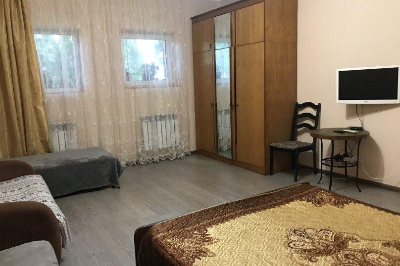 Отдельная комната, Хвойная улица, 28А, Лазаревское - Фотография 1