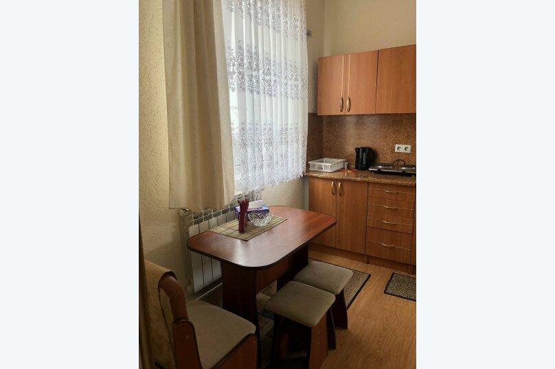 1 комнатная квартира в частном доме с отдельным входом, 40 кв.м. на 3 человека, 1 спальня, Морпортовская улица, 10, Севастополь - Фотография 4