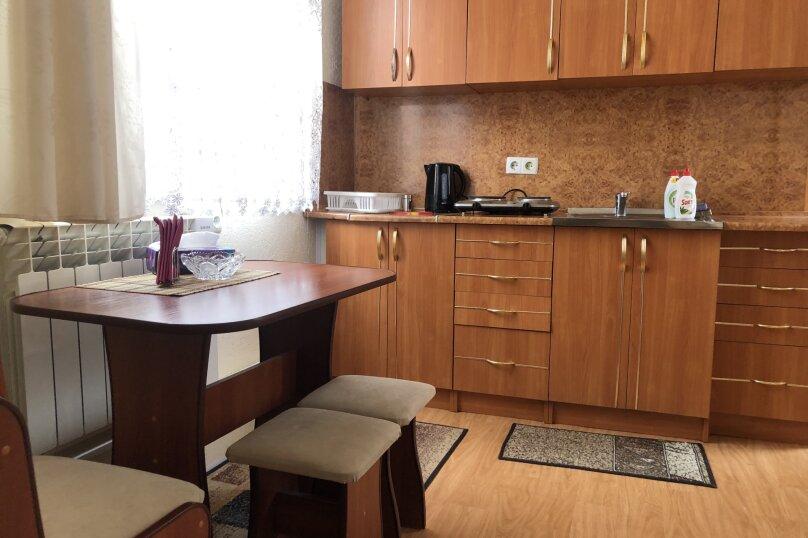 1 комнатная квартира в частном доме с отдельным входом, 40 кв.м. на 3 человека, 1 спальня, Морпортовская улица, 10, Севастополь - Фотография 5