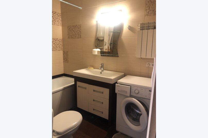 Комфортная 1 комнатная квартира в частном доме с отдельным входом, 40 кв.м. на 3 человека, 1 спальня, Морпортовская улица, 10, Севастополь - Фотография 3