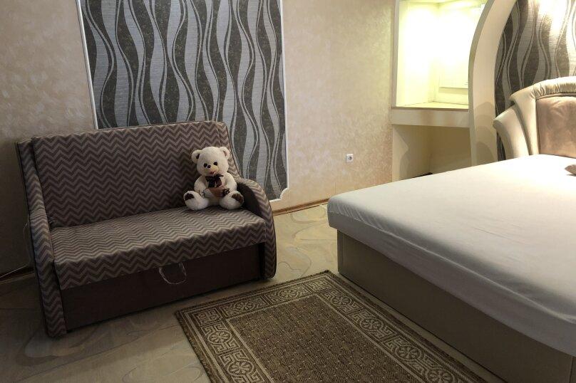 Комфортная 1 комнатная квартира в частном доме с отдельным входом, 40 кв.м. на 3 человека, 1 спальня, Морпортовская улица, 10, Севастополь - Фотография 4