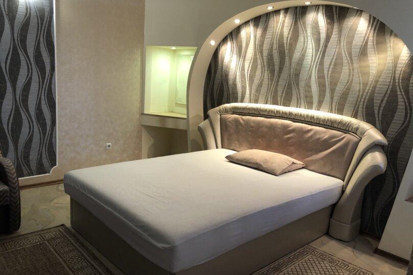 Комфортная 1 комнатная квартира в частном доме с отдельным входом, 40 кв.м. на 3 человека, 1 спальня, Морпортовская улица, 10, Севастополь - Фотография 9