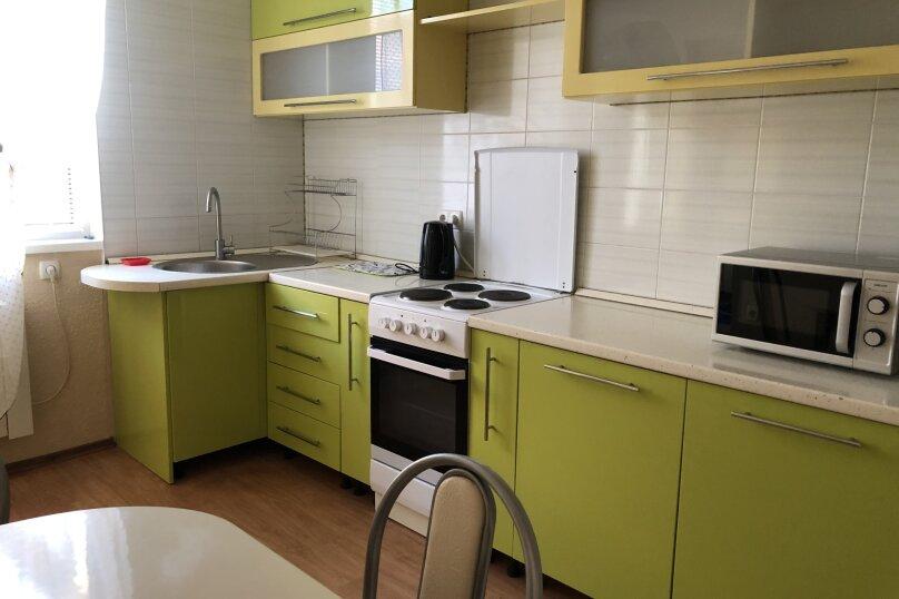 Комфортная 1 комнатная квартира в частном доме с отдельным входом, 40 кв.м. на 3 человека, 1 спальня, Морпортовская улица, 10, Севастополь - Фотография 13