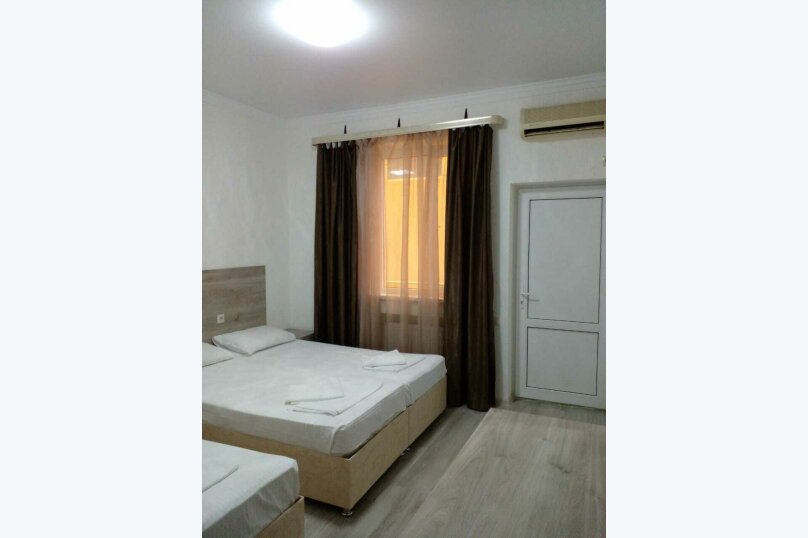 """Отель """"Грант"""", улица Павлика Морозова, 80 на 29 комнат - Фотография 9"""