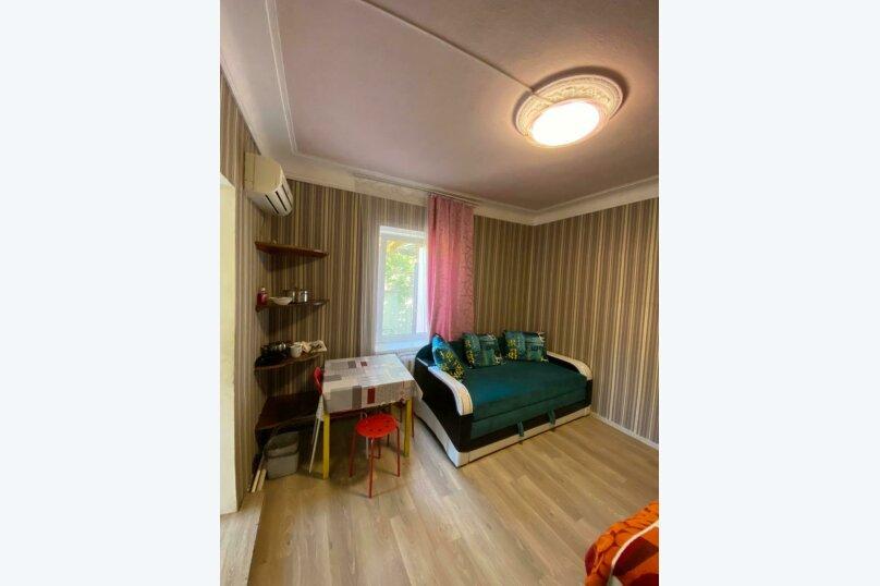 Трнхкомнатный номер, 40 кв.м. на 8 человек, 1 спальня, Береговая улица, 6, Алушта - Фотография 5