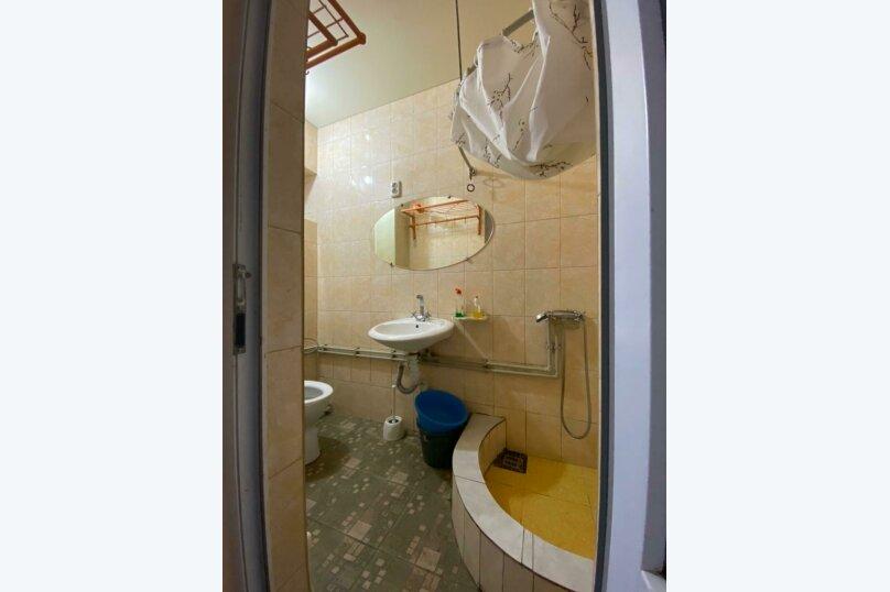 Трнхкомнатный номер, 40 кв.м. на 8 человек, 1 спальня, Береговая улица, 6, Алушта - Фотография 6