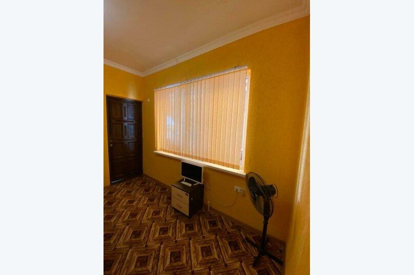 """Гостевой дом """"Солнечный дворик"""", Курганная улица, 50А на 9 комнат - Фотография 25"""