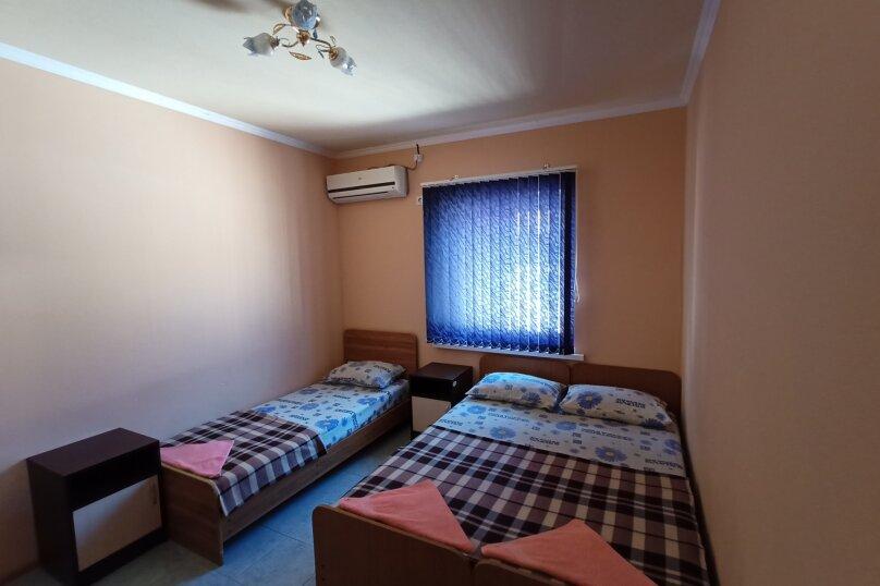 Комната 8, Курганная улица, 50А, Геленджик - Фотография 1