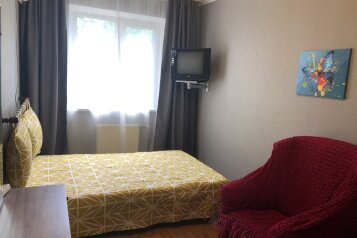 2-комн. квартира, 60 кв.м. на 6 человек, Подвойского, 32, Гурзуф - Фотография 1