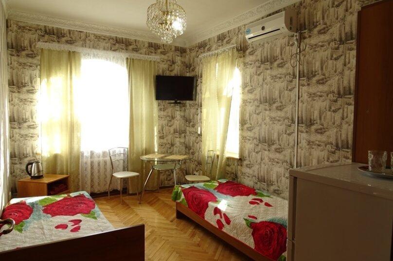 2-х комнатный семейный номер, улица Череватенко, 14, Геленджик - Фотография 2