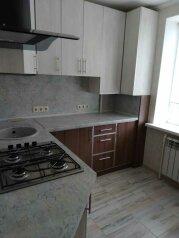 1-комн. квартира, 35 кв.м. на 4 человека, Севастопольская улица, 20, Саки - Фотография 1