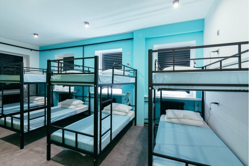 Кровать в 10-ти местном номере, 1-я Прядильная улица, 5, Москва - Фотография 1