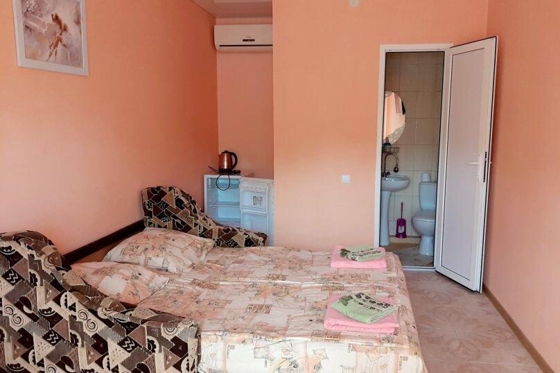 Номер на двоих оранжевый(диван)2 этаж, улица Ленина, 49, Коктебель - Фотография 1