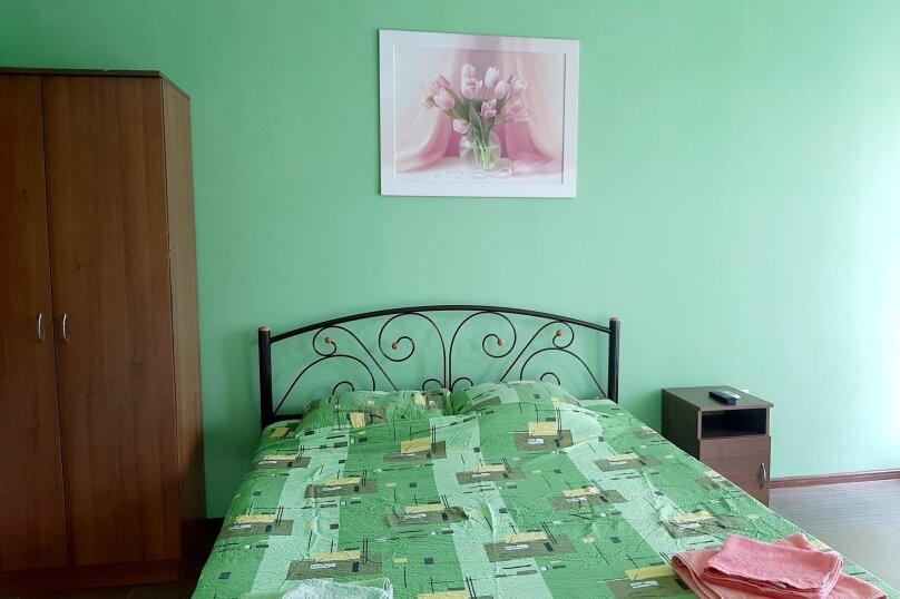 Номер на троих с доп.местом оливка,3 этаж, улица Ленина, 49, Коктебель - Фотография 5
