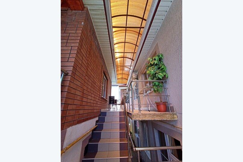 """Гостевой дом """"Солнечный дворик"""", Курганная улица, 50А на 9 комнат - Фотография 5"""