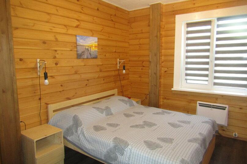 Дом на берегу озера Маслозеро, 100 кв.м. на 8 человек, 2 спальни, д. Маслозеро, Озёрная улица, 10А, Медвежьегорск - Фотография 19