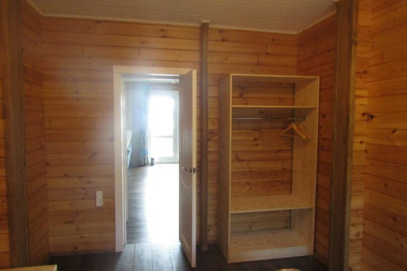 Дом на берегу озера Маслозеро, 100 кв.м. на 8 человек, 2 спальни, д. Маслозеро, Озёрная улица, 10А, Медвежьегорск - Фотография 22